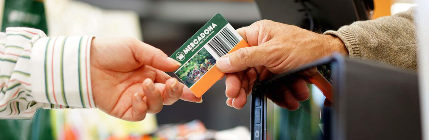 Boss Handing over a Mercadona Credit Card